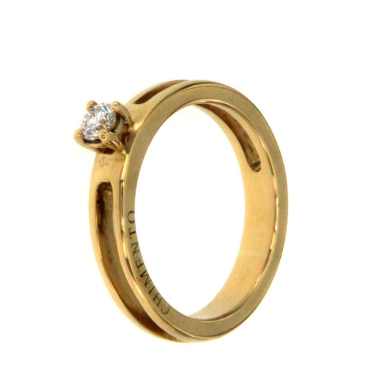 Anello og 750/1000 solitario con 0,15 ct dm